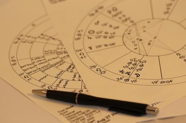 horoscope-993144_640