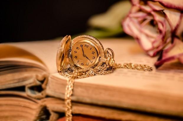 clock-2133825_640