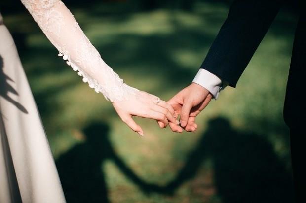 weddings-3225110_640 (1)
